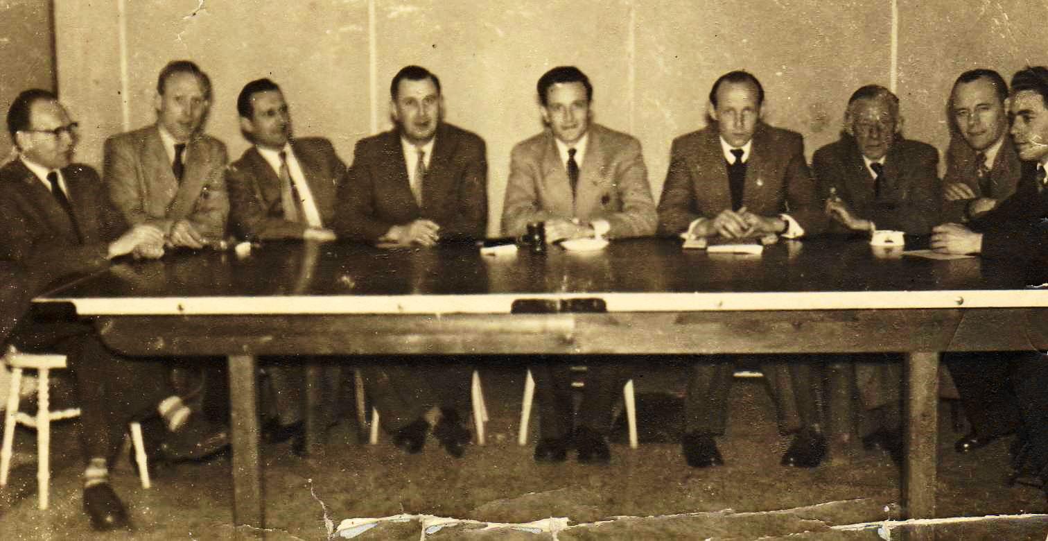 Bestuur RSV de Flamingo's eind jaren 50