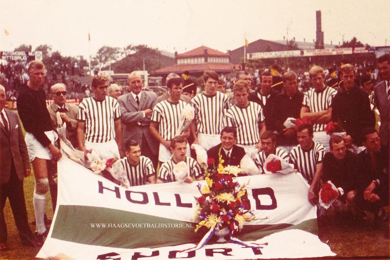 HS 1 met kampioensvlag - kopie
