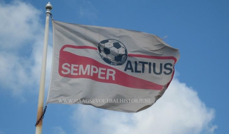 Semper Altius vlag - kopie-001